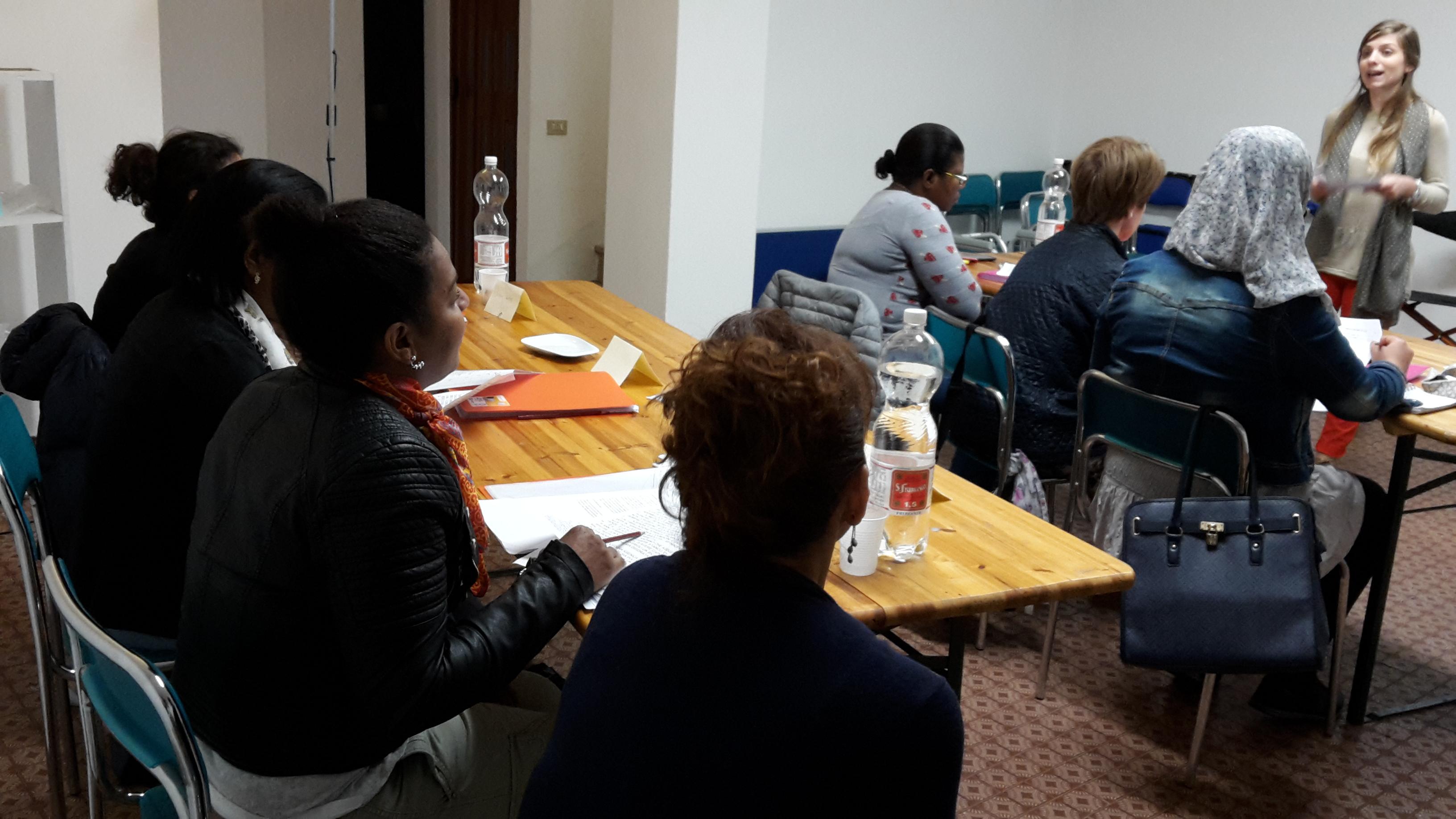 Professionisti che impartiscono nozioni infermieristiche e di approccio e gestione dell'anziano (malato)